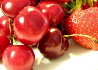 Fresas y cerezas son alimentos con una buena cantidad de carbohidratos